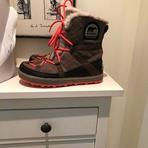 Sorel Glacy Explorer Boots